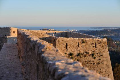 Le mura di cinta fortificate